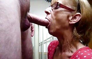 Salope maman baisée par deux énormes video porno gratuit en direct bites noires